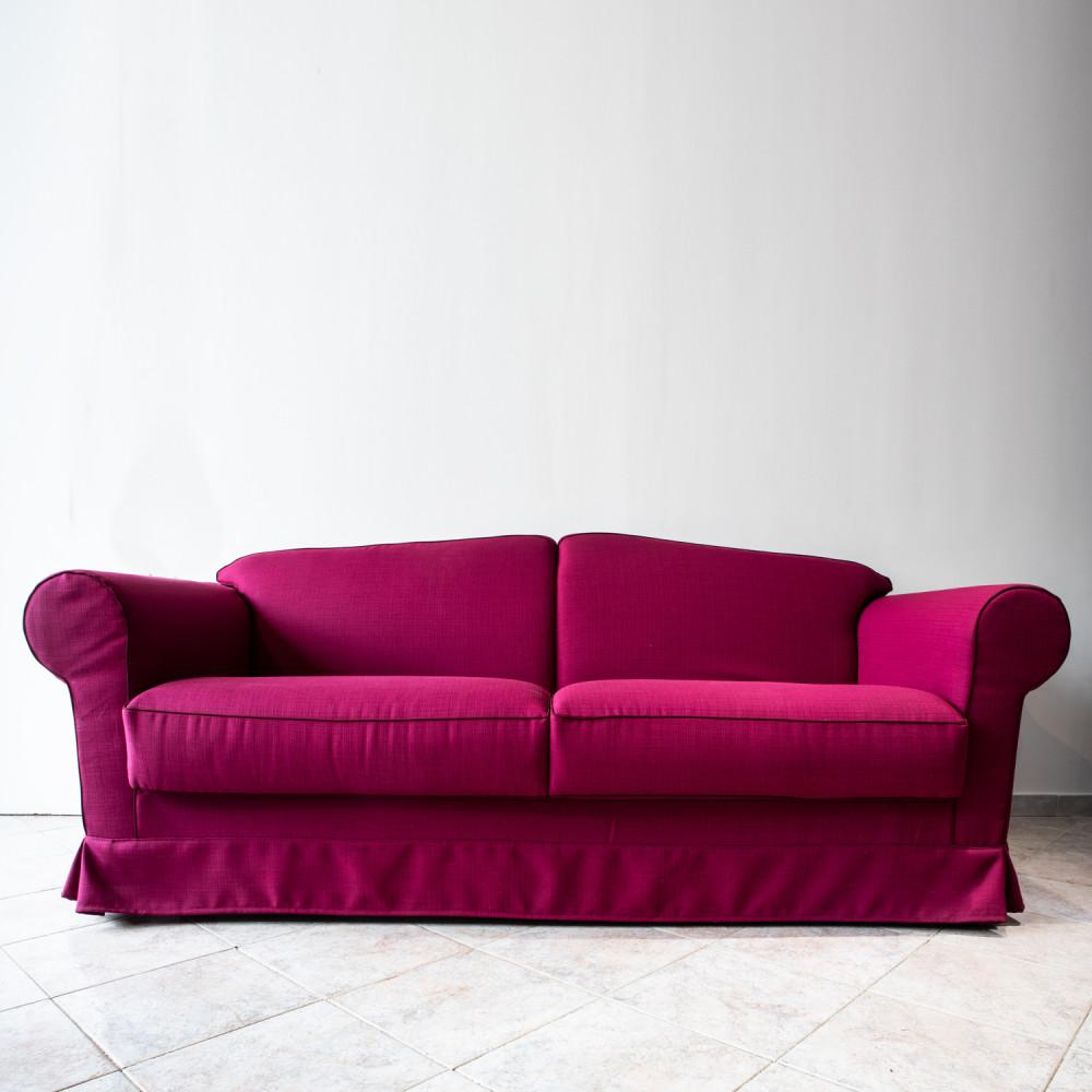 divano-classico-magenta